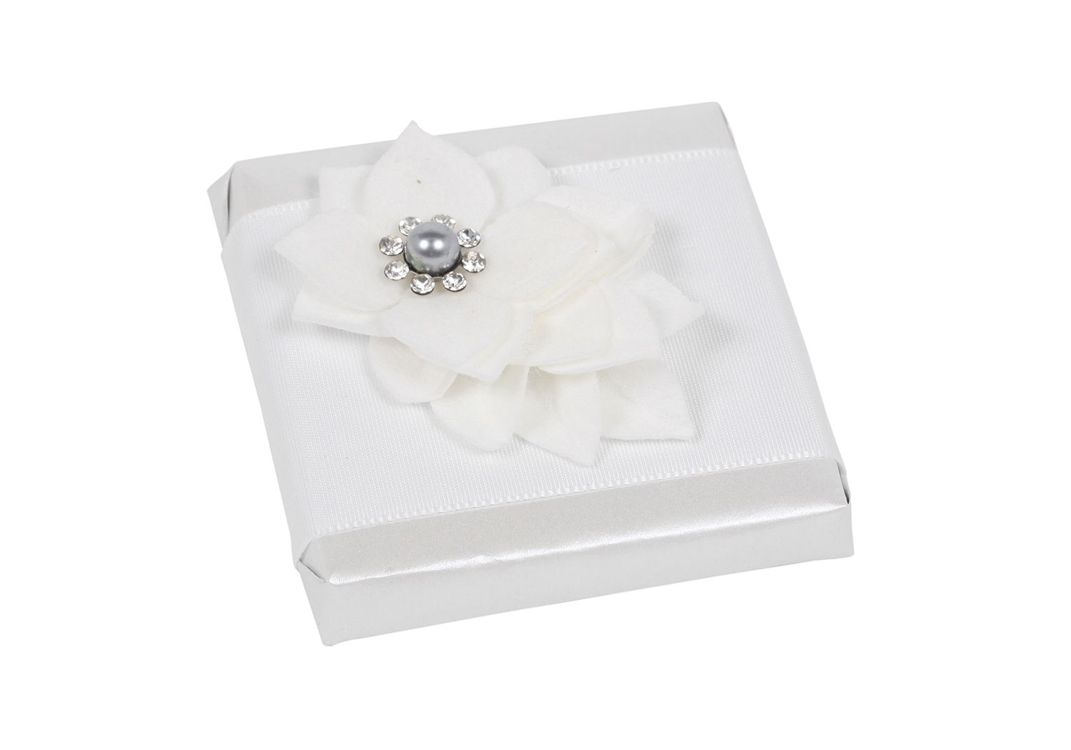 Patchi White Pearl Chocolate favor (large) http://patchi.us/wedding ...