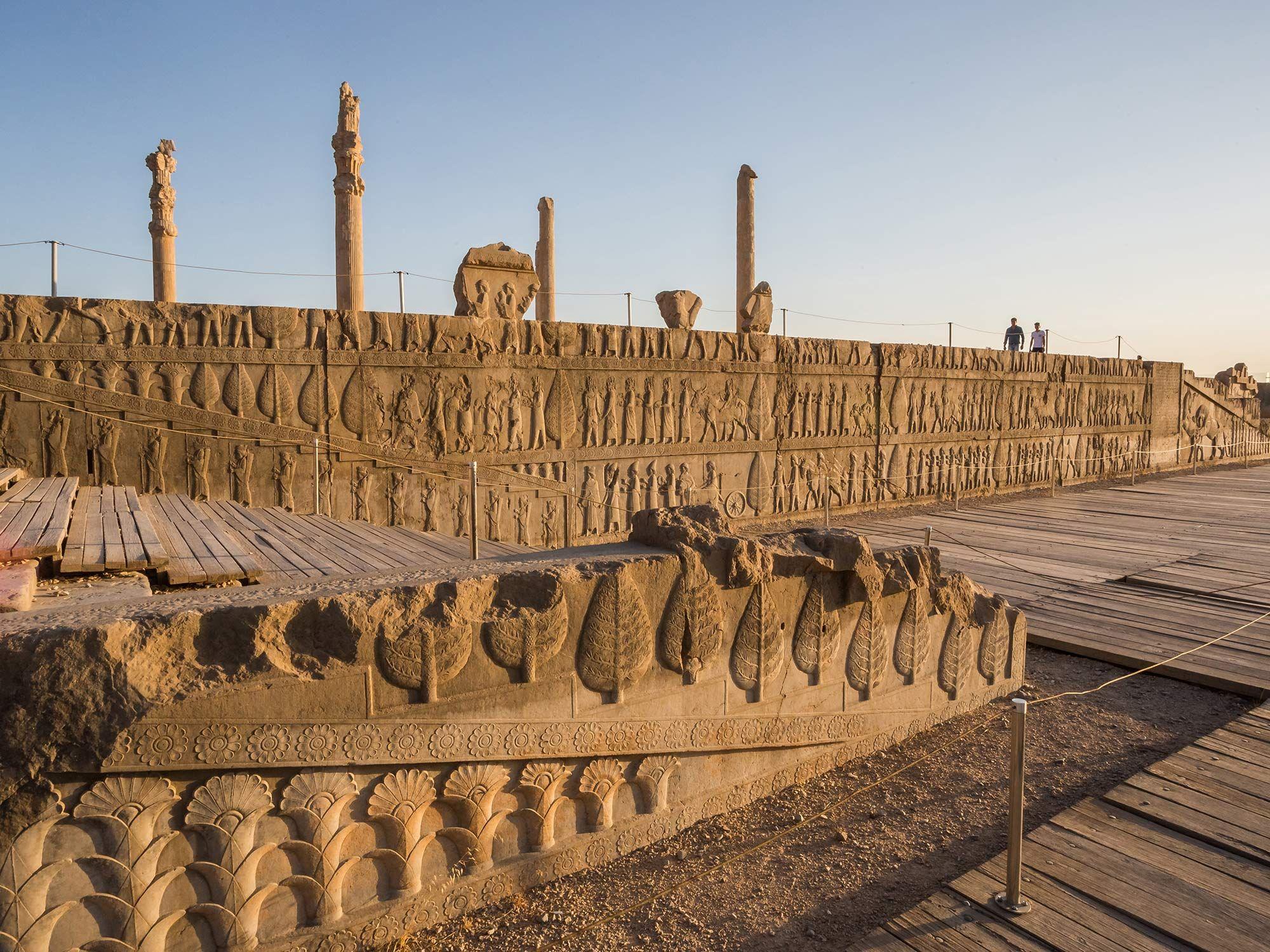 Comment Persepolis Fut Reduite Au Silence