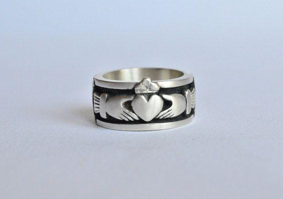 sélectionner pour le meilleur à vendre prix le moins cher Anello claddagh irlandese,anello argento 925,anello uomo ...