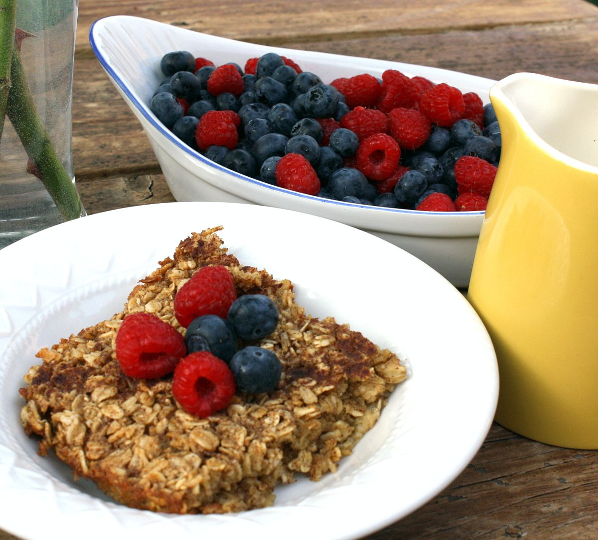 Yummy Baked Oatmeal (Ingredients oats, brown sugar