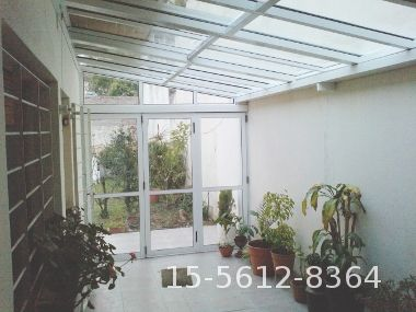 Pin de diana knudsen en techos cubiertas techo de vidrio techos de policarbonato y techos - Techos de vidrio para terrazas ...