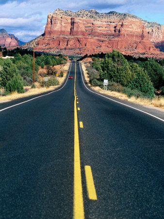 Straße nach Sedona im Verde Valley im Norden Arizonas. Passende Reiserouten dazu, gibts auf: http://www.usa-mietwagen.tips/