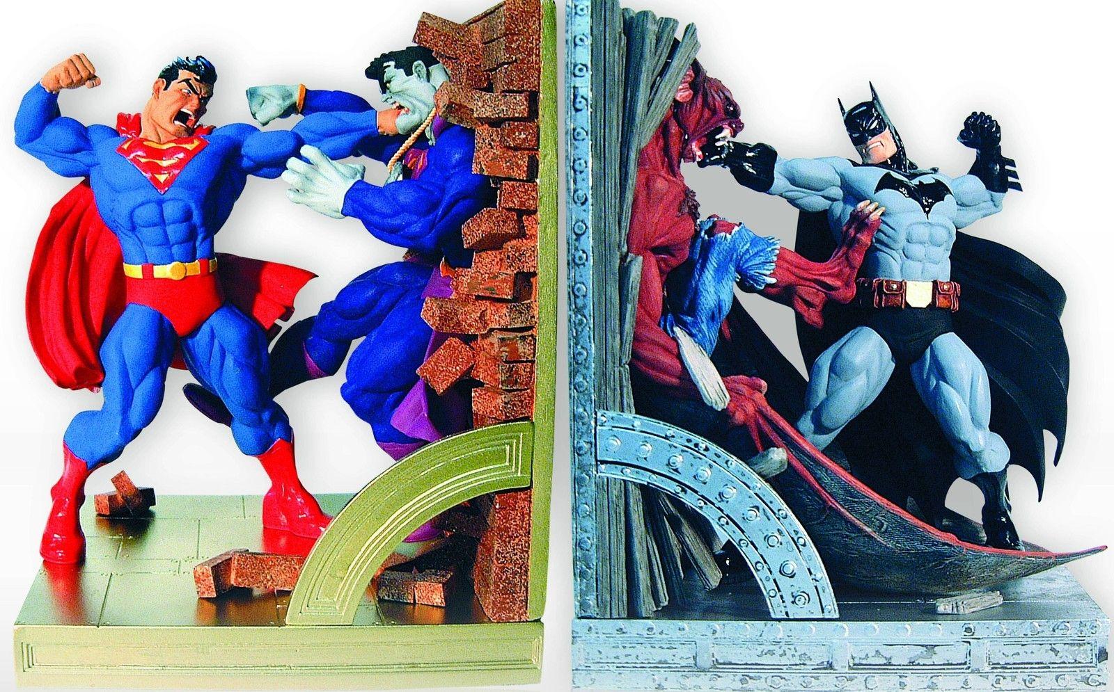 Dc Comics Superman And Batman Deluxe Bookends Statue Set