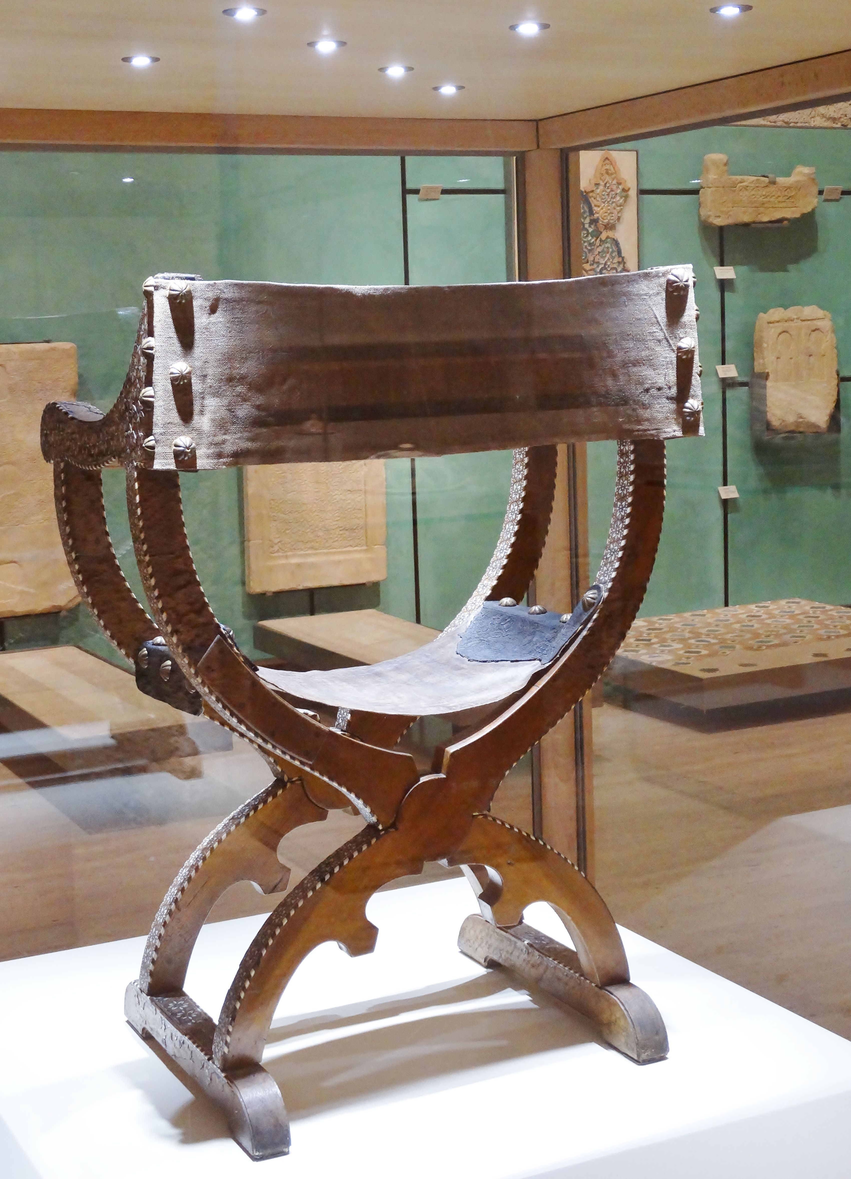 Design glossary savonarola and dante chairs apartment therapy - Explore Joint Medieval And More