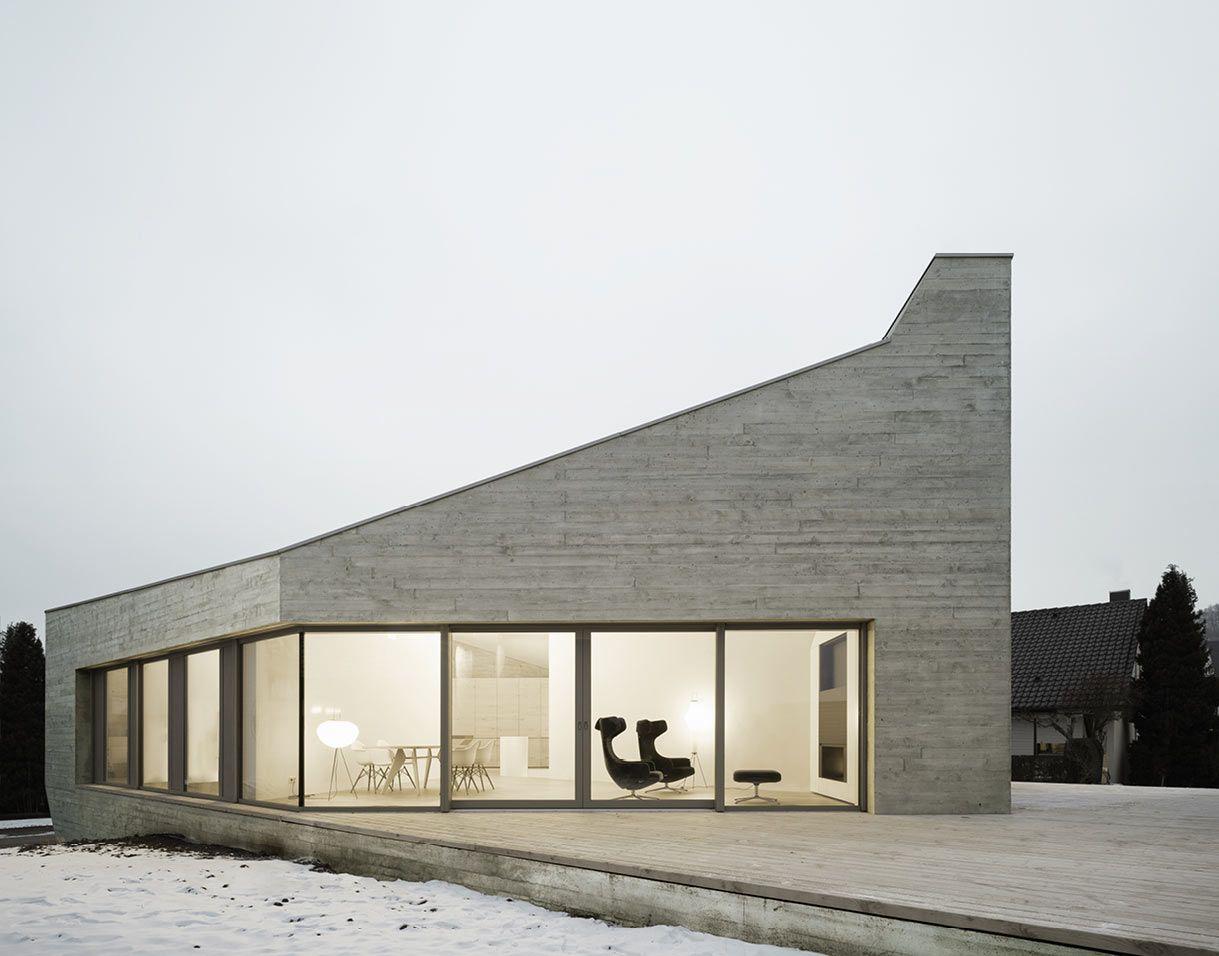 E20 House In The German Village Of Pliezhausen Architecture Interior Architecture Design Concrete House