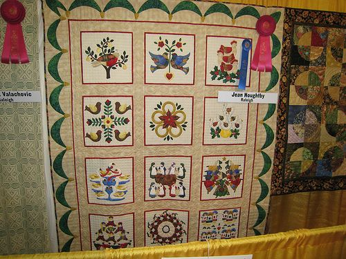 12 Days Of Christmas Quilt Christmas Quilt Patterns Christmas Quilt Twelve Days Of Christmas