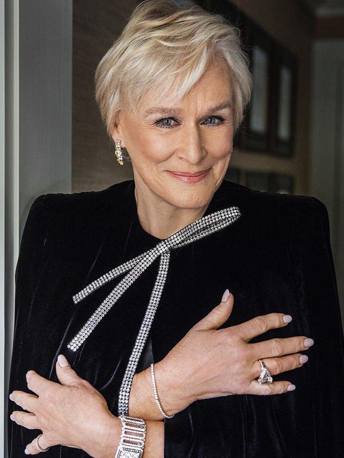 Hair Experts Reveal the Styles Women Over 50 Love in 2020 | Short hair styles, Older women ...