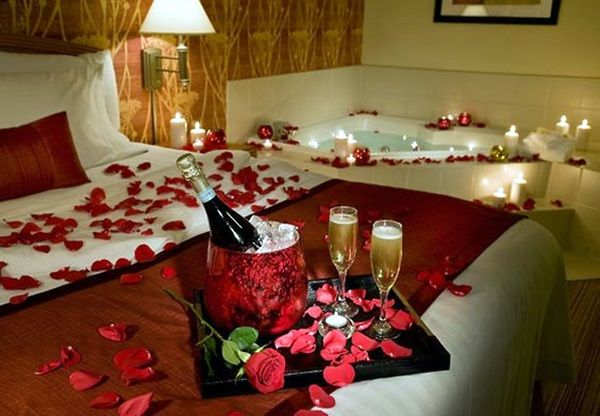 40 Wedding First Night Bed Decoration Ideas Bored Art Romantic Room Decoration Romantic Room Surprise Romantic Candles