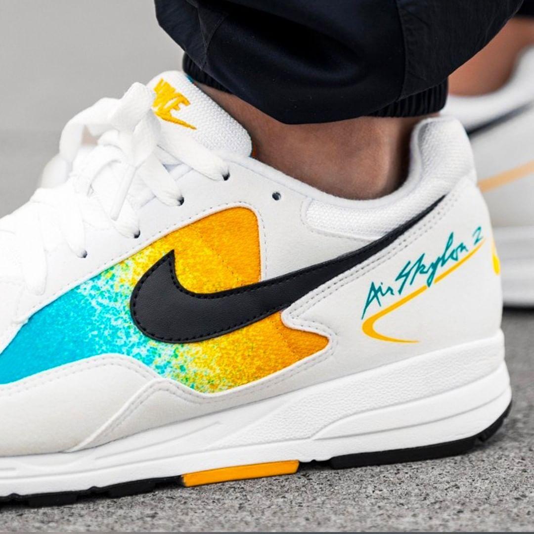 Nike Top Modelle online kaufen | DEICHMANN AT