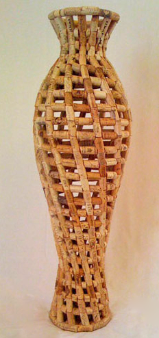 Things to make with wine corks uncork it drink the wine for Cool things to do with a wine bottle