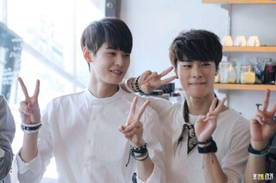[12.09.2015] EunWoo e Moon Bin Monthly Date