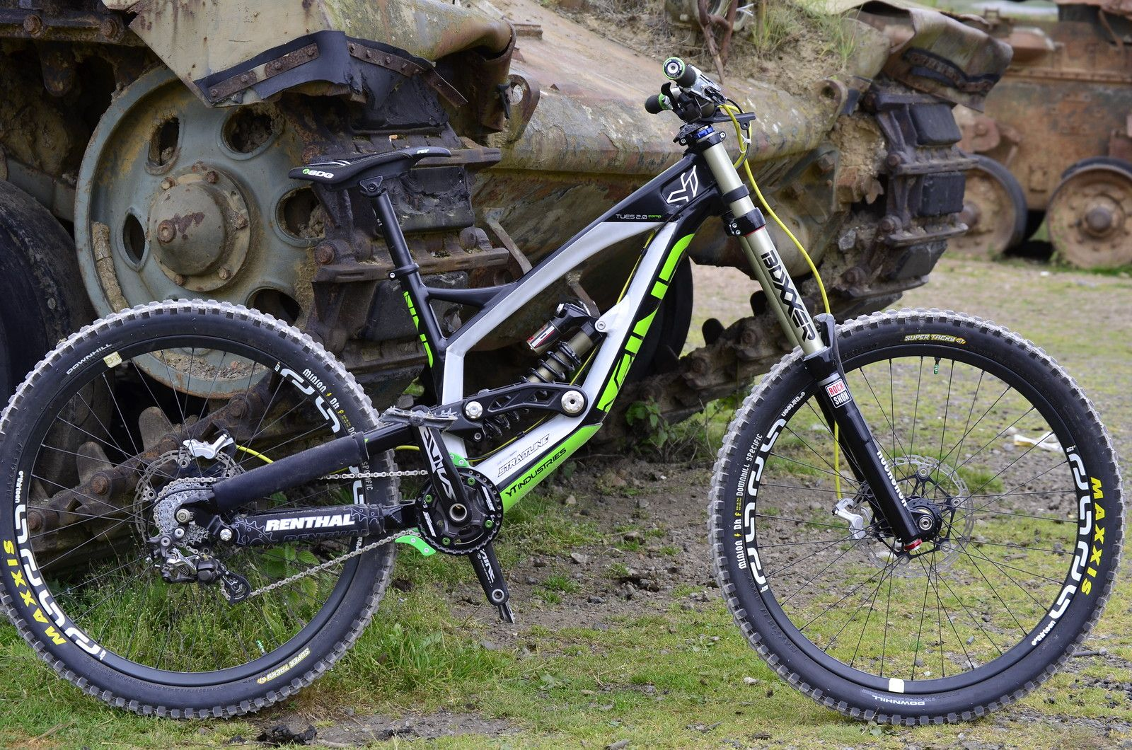 Yt Industries Tues 2 0 Bikes Pinterest Mtb And Bicycling