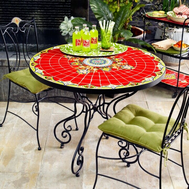 Pier1 Dining Table: The Great Escape- Outdoors
