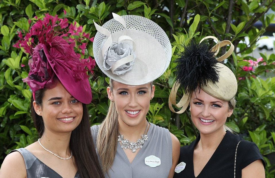 Races Dresses Hats Royal Ascot Las Day 2016 Track Mode