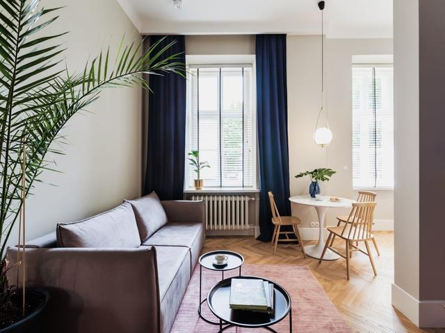 Salon Z Biala Sofa Salon Styl Nowoczesny Aranzacja I Wystroj Wnetrz Home Decor Interior Home