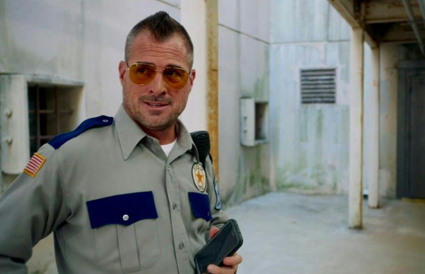 George Eads as Jack Dalton in the reboot of MacGyver 1x07 Looks good in uniform