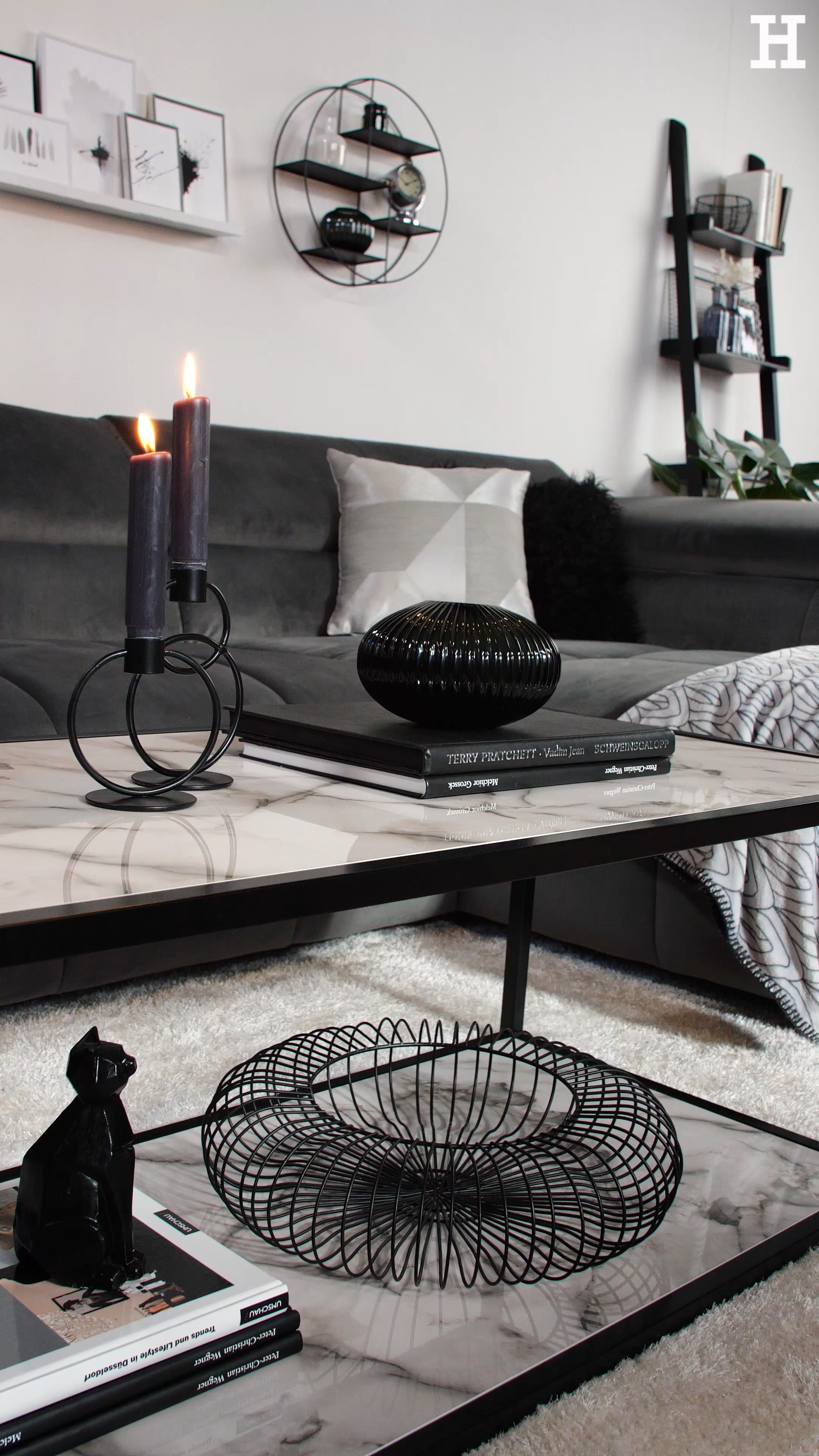 Photo of The classic interior duo Black & White creates a modern and timeless look