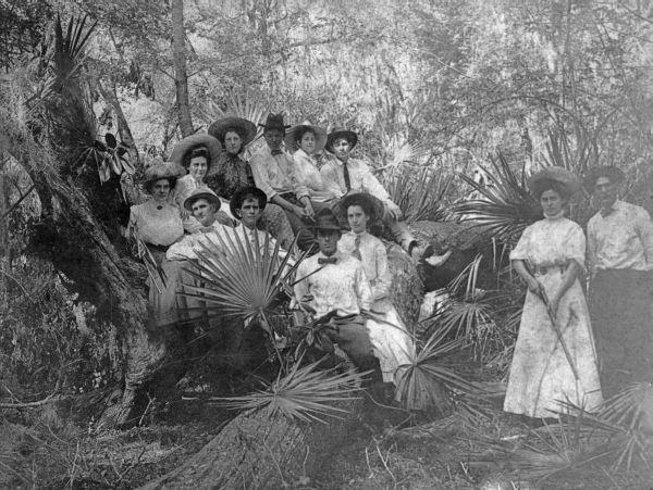 Best Florida Memory Hunting Party At Cedar Landing Orange 640 x 480