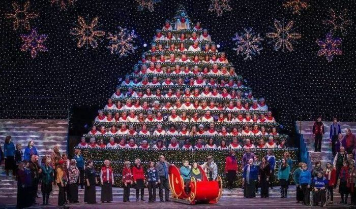 Singing Christmas Tree Portland.Oregon S Singing Christmas Tree Is Truly A Sight To See