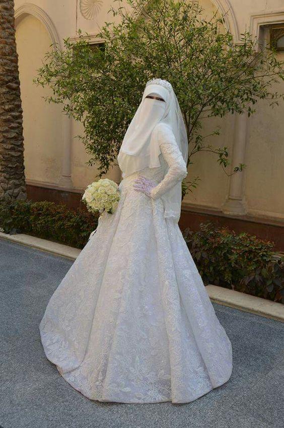 611db99b6 Pin by Rashnam Alvi on Niqabi Brides in 2019 | Bridal hijab styles, Bridal  hijab, Wedding dresses