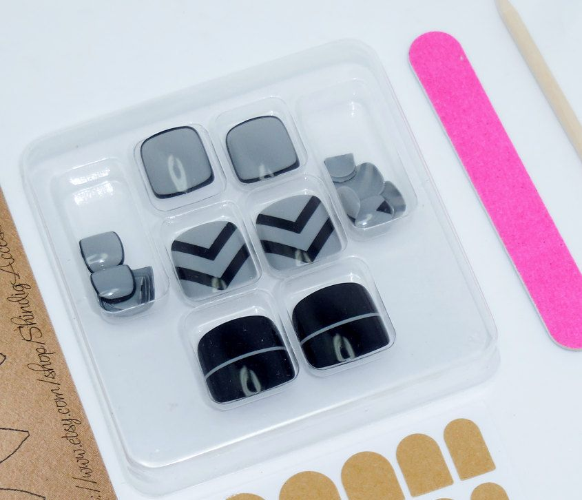 Toe Nail Chevron Stripe Art Manicure Kit Press On Nails Fake Arcylic ...