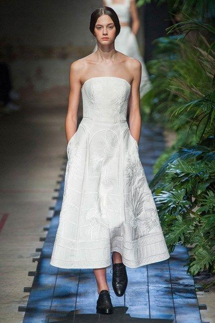 Znalezione obrazy dla zapytania erdem wedding dress