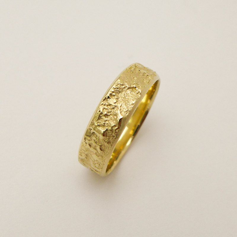 Wide Wedding Band For Men And Women 14k 18k Solid Gold Etsy Rings For Men Wide Wedding Bands Wedding Ring Bands