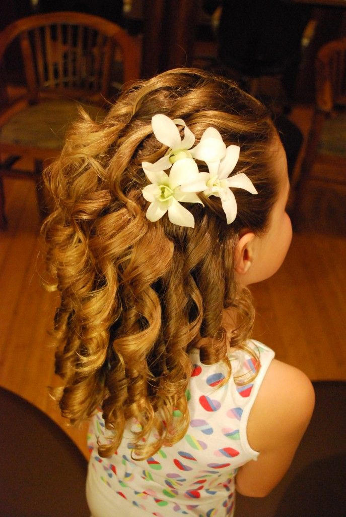 Pin By Sparkly Soda On Little Girls Hairdos Flower Girl