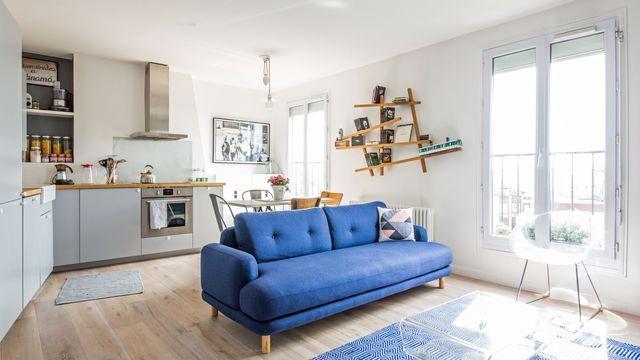 Appartement relooké avec une cuisine ouverte sur le salon par la décoratrice dintérieur claire