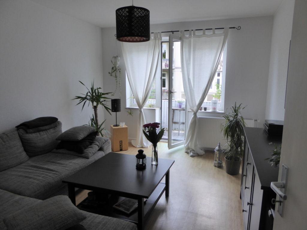 Hamburg Wohnungssuche schicke 2 Zimmer Wohnung ab 01