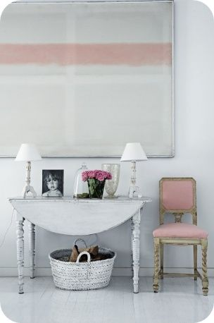 Toves Sammensurium. lovely twist on a pink french cottage look