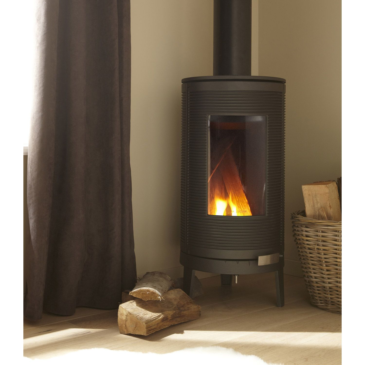 Soldes Cheminees Rene Brisach Poêle à Bois Invicta Okino Anthracite 6105 44 7kw Bollitos