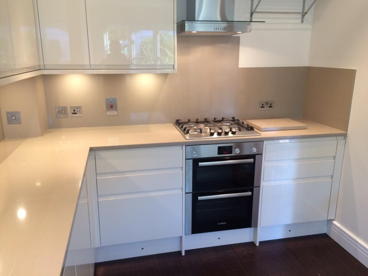 We recently fitted silestone rougui lena quartz to a - Cocina a lena ...
