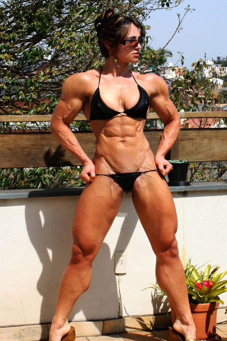hot muscle girls nude
