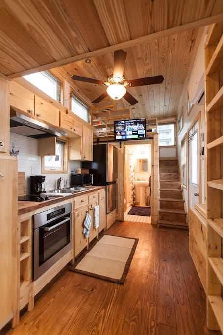 House In Atlanta United States As Seen On Quot Tiny House Big Living Quot Our Spacious Comfortable Tiny Tiny Houses For Rent Tiny House Design Tiny House