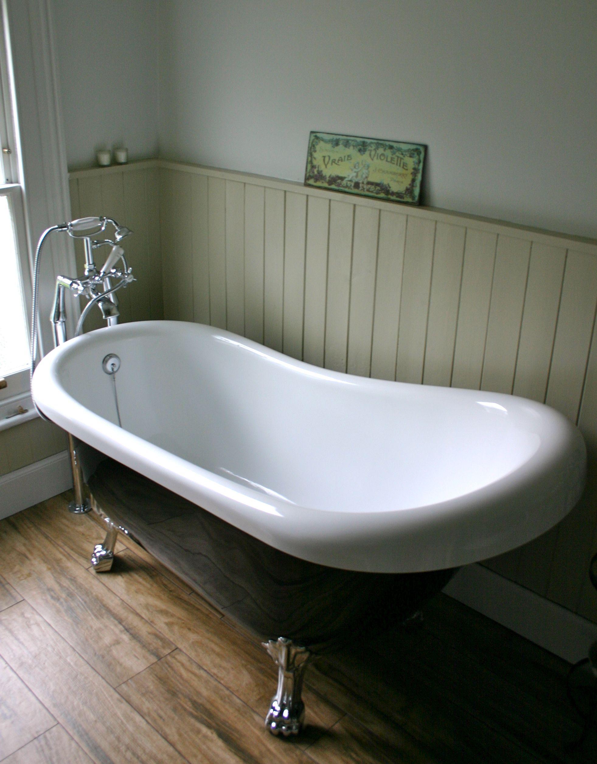 My bathroom make over - roll top bath | Vintage bathroom | Pinterest ...