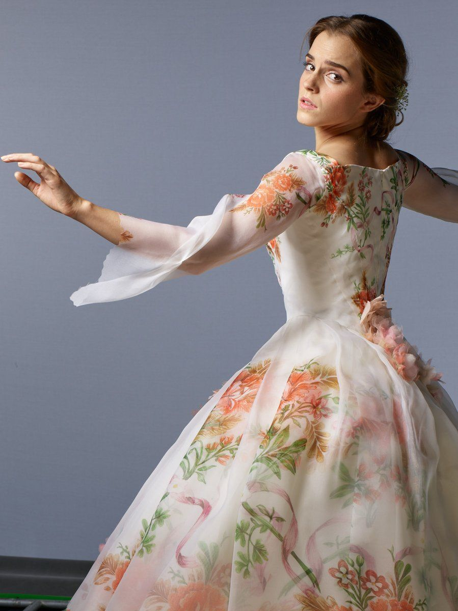 Belle S Wedding Dress Back View Amazing Belle Wedding Dresses Emma Watson Belle Emma Watson Beauty And The Beast