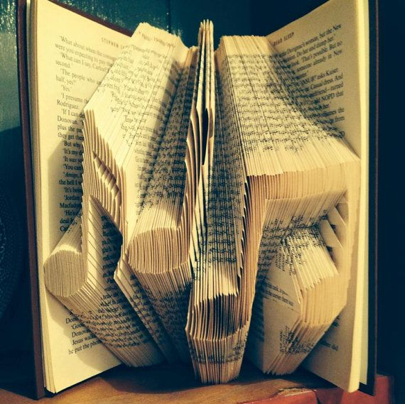 Book folding pattern for Musical Notes +FREE TUTORIAL #musicnotes