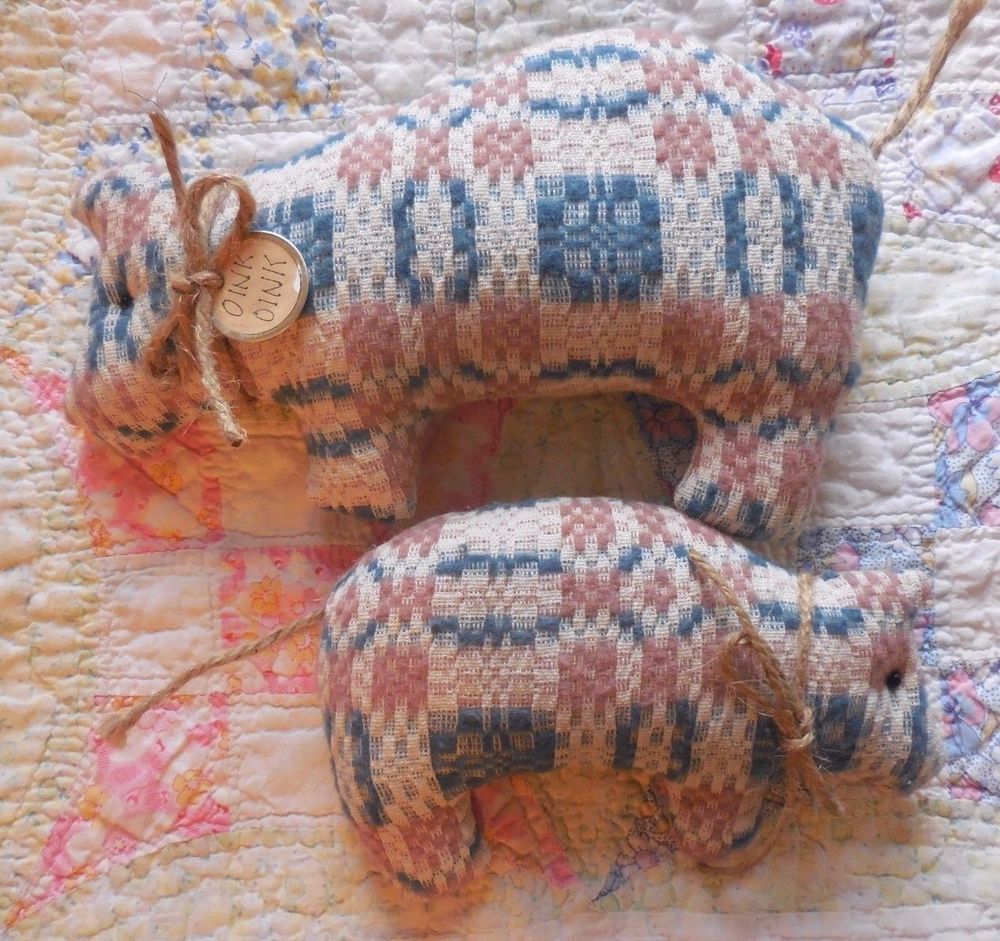 Primitive Vintage Woven Rose/Blue Coverlet Pig Pillow Tucks Shelf Sitters Oink #NaivePrimitive #auntiemeowsatticprims