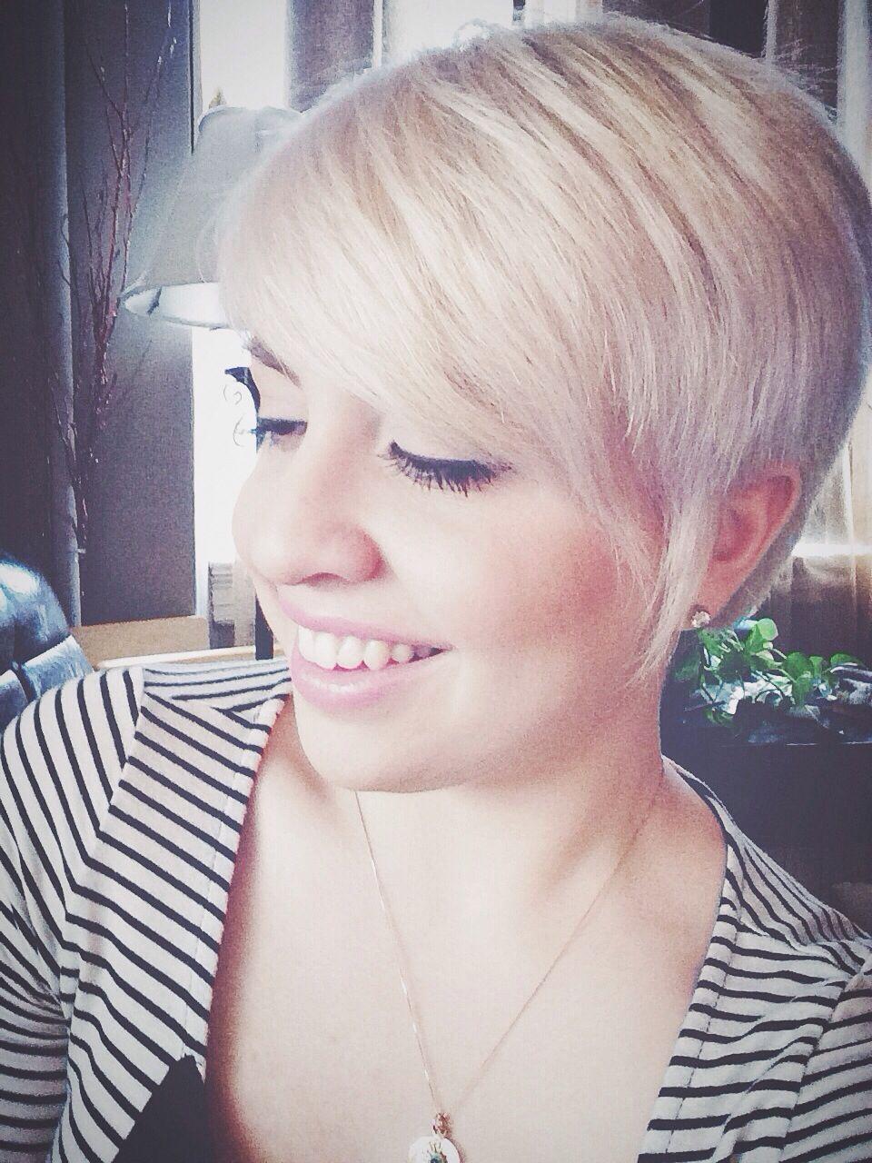 Platinum blonde pixie cut hair ideas pinterest short hair