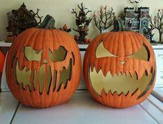 Foam pumpkin carving #sculpturesdecitrouille