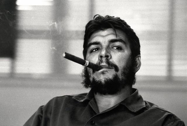 René Burri | Ernesto Guevara (Che), Ministry of Industry, Havana (1963) | Available for Sale | Artsy
