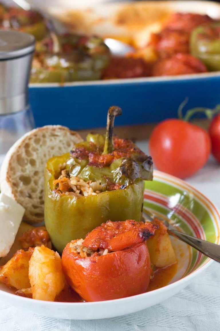 Greek Stuffed Peppers And Tomatoes Recipe With Images Stuffed Peppers Greek Stuffed Peppers Recipes