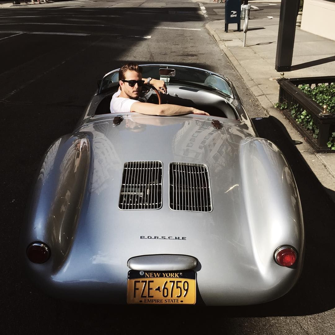 adamgalla:  Get in.  (at Upper East Side)