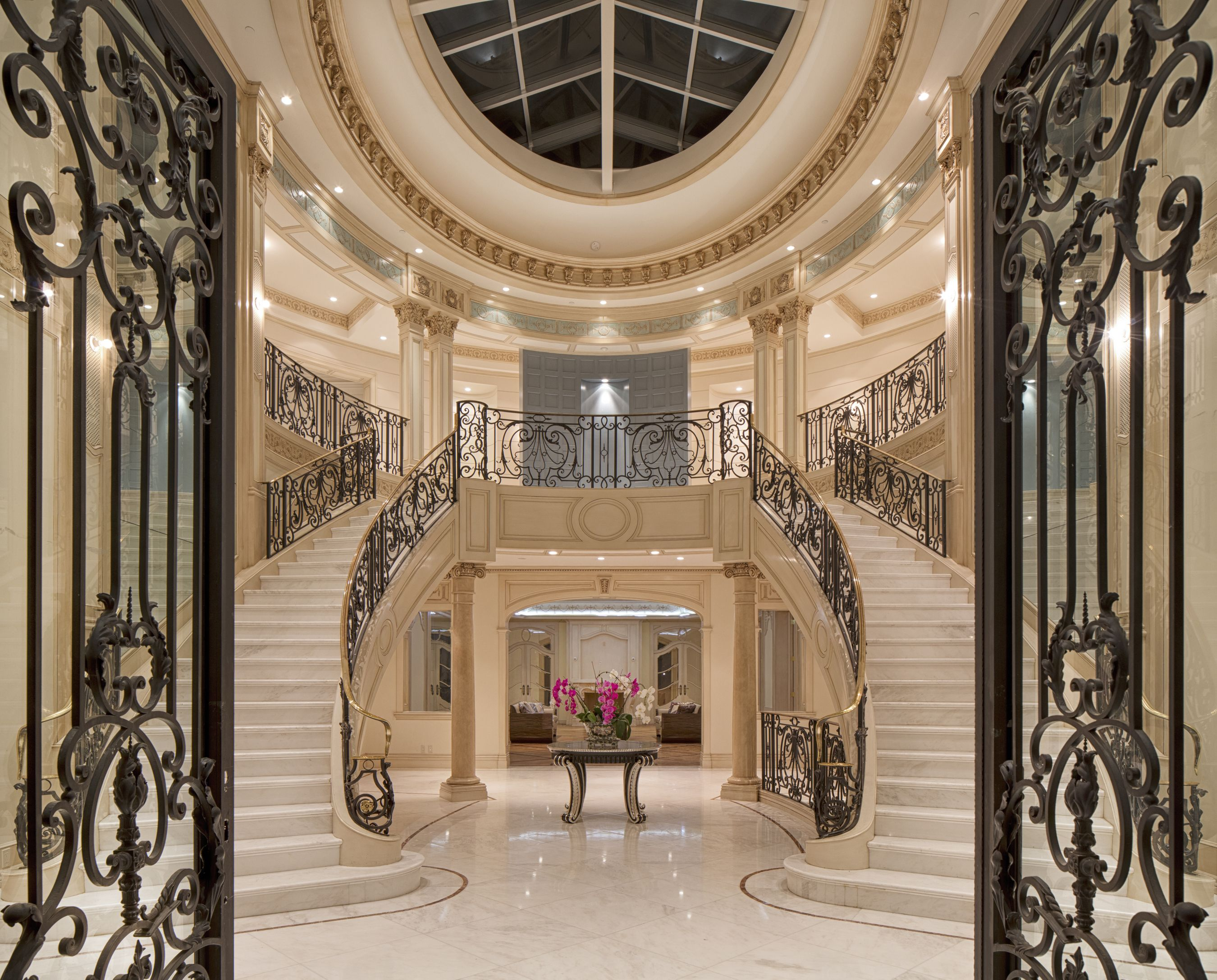 901 Alpine Drive Beverly Hills Ca 90210 Beverly Hills Luxury Homes Lobby Interior