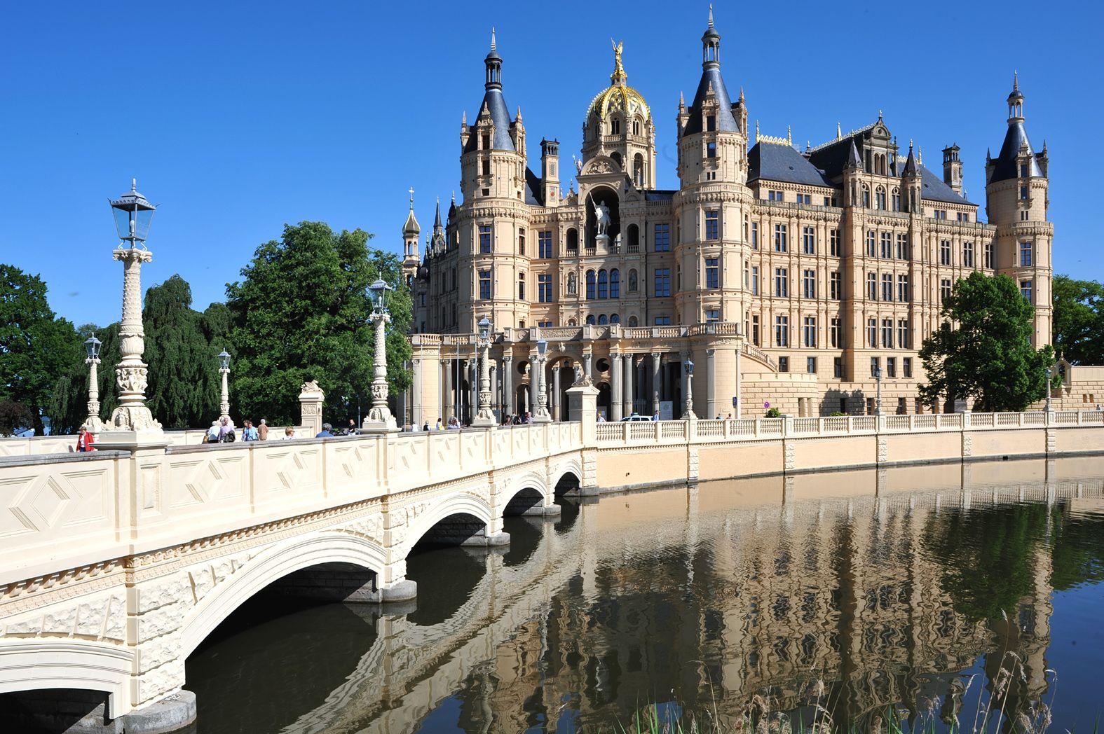 Schwerin Castle - Orangery, Mecklenburg Vorpommern, Germany Stock ...