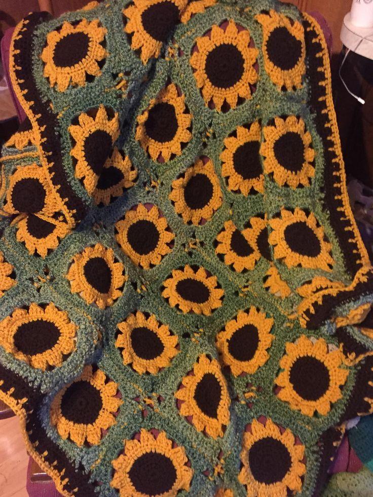 Crochet Sassy Sunflower Afghan | Pinterest | Mantel, Colchas y Malos