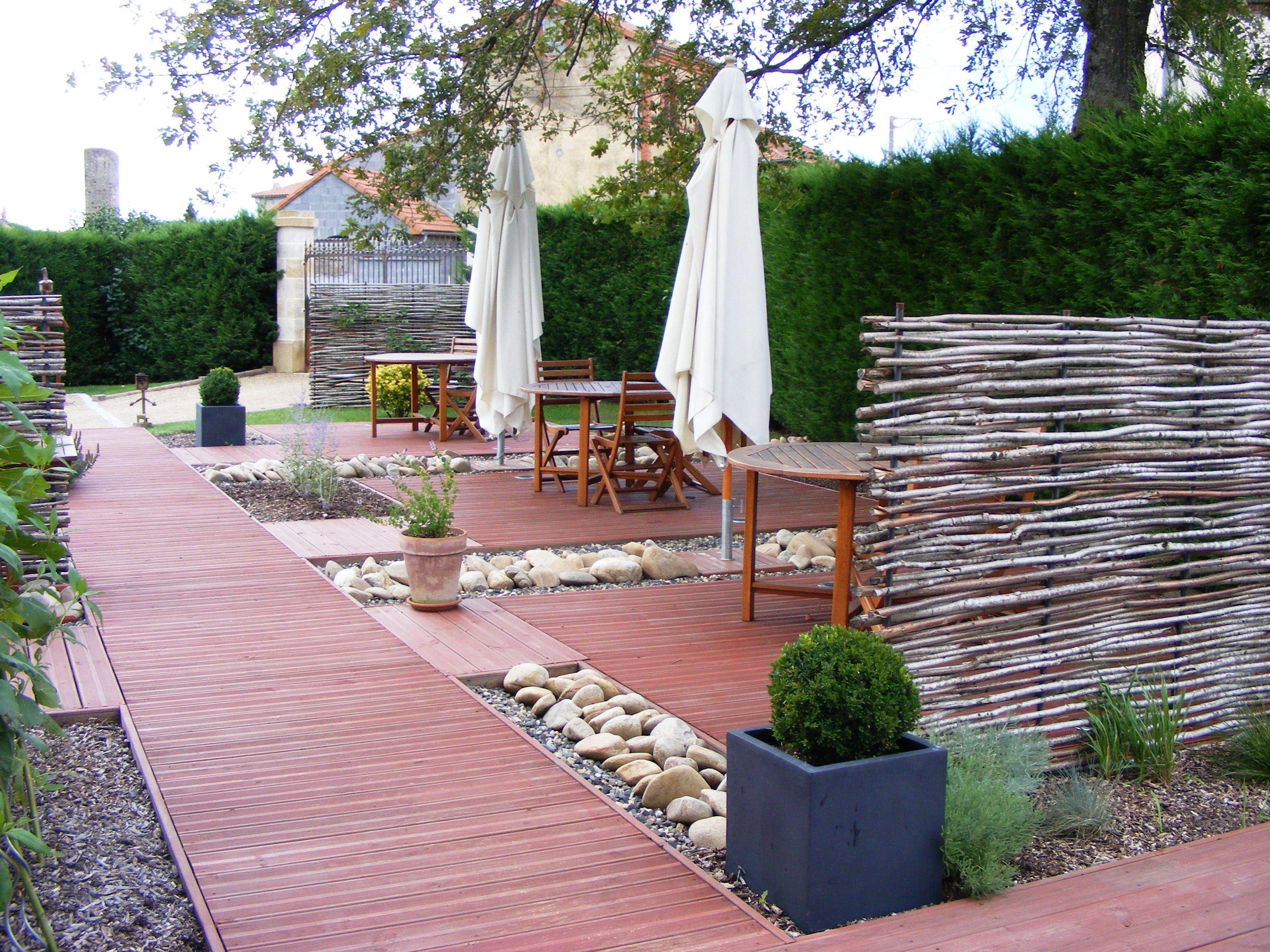 Amenagement D Une Terrasse #14: Quelles Plantes Pour Son Jardin Sec U2013 Idées Et Conseils Utiles | Erable Du  Japon, Gazon Et Beaux Jardins