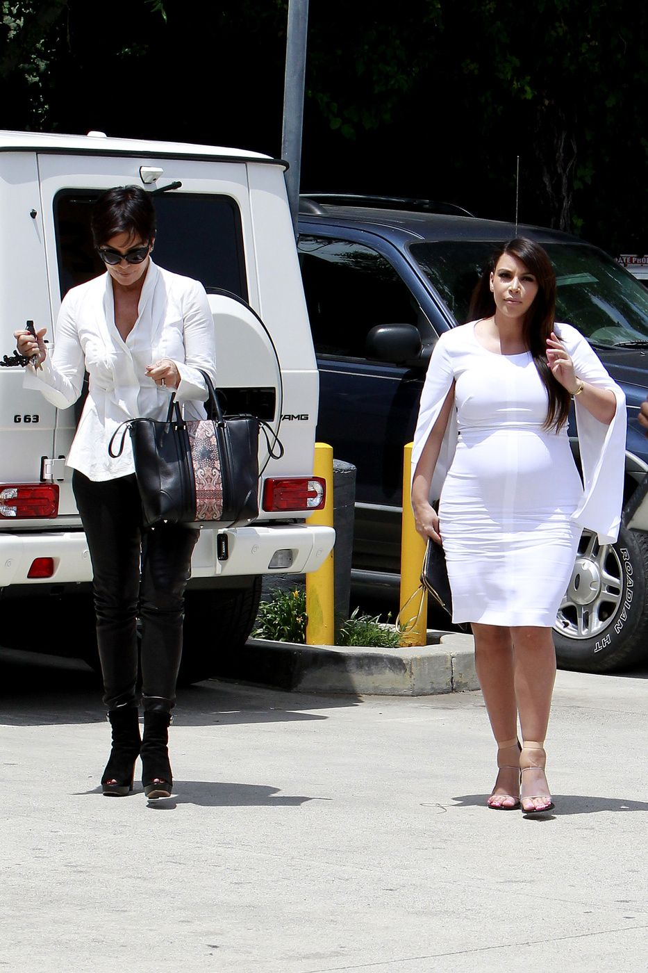 kris jenner and kim kardashian are beefing up security at their