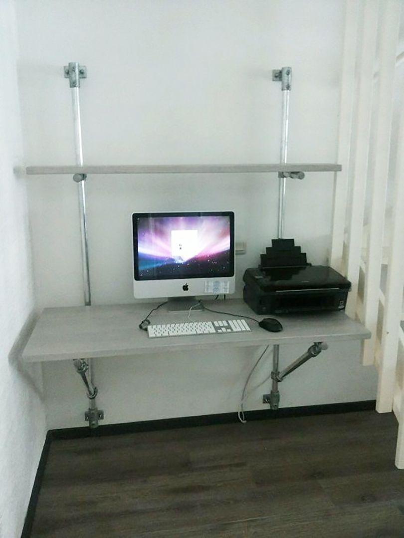 wall mounted desk kee klamp desk in 2019 wall mounted desk pipe rh pinterest com